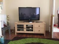 White Oak TV unit with glass inserts
