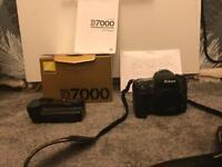 Nikon d7000 & battery grip