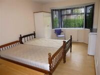 mini flat available to rent - 400 pcm including bills near stafford central