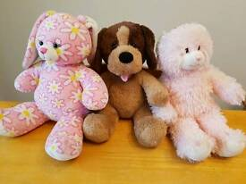 Build a Bear Workshop toys plus outfits and accessories