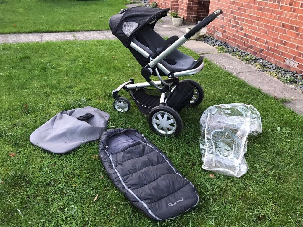 Quinny Buzz Buggy/ Stroller/ Push chair with accessories
