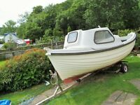 15 foot shetland fishing boat 5hp honda outboard dingy and mooring on trailor not road trailor