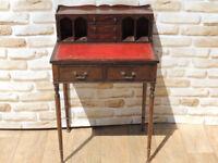 Compact wooden desk / bureau (Delivery)