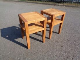 Quality Super Clean Solid Oak Pair Of Pinetum Lamp Side Tables