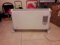 Dimplex electric radiator in excellent condition: No marks or yellowish signs.