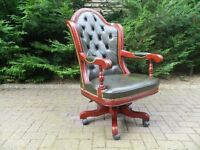 Chesterfield Deep Buttoned Leather Doctor's Chair