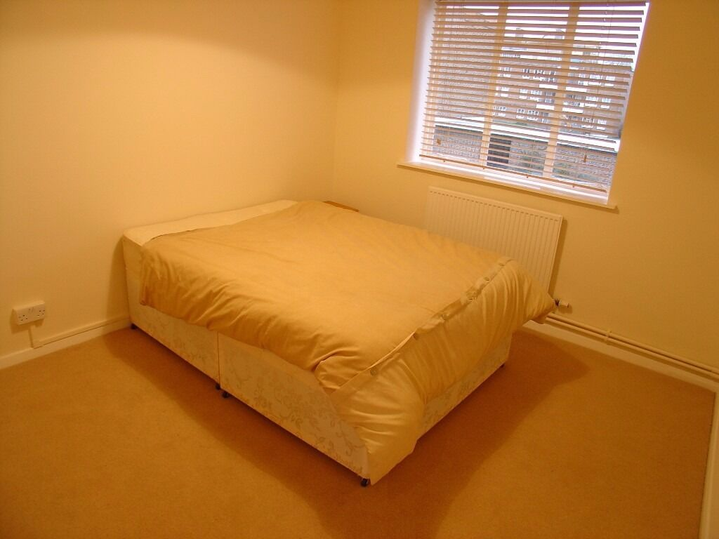 Double Room for Single Use - 650£Pcm All Bills*
