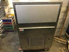 Ice maker ice machine commercial catering equipment restaurant pub bar club commercial ice machine