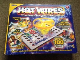 Hot Wires Electronic set, Boxed and complete. Very good condition
