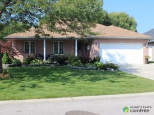 $419,900 - Bungalow for sale in Sarnia
