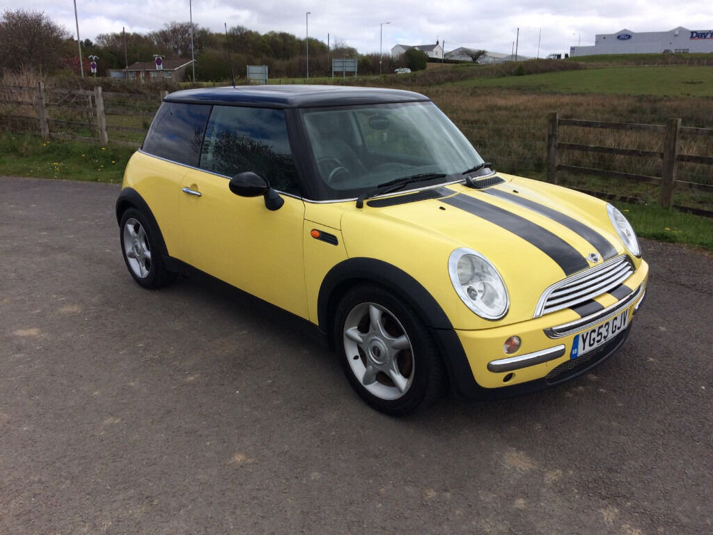 2003 mini mini cooper auto yellow in gorseinon swansea gumtree. Black Bedroom Furniture Sets. Home Design Ideas