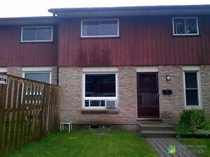 $189,000 - Townhouse for sale in Waterloo
