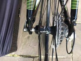 Cannondale quick 4 road bike
