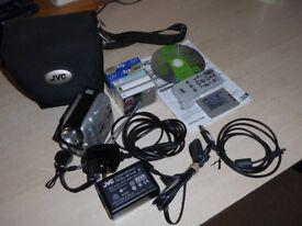 JVC Camcorder GR-dx37 bundle