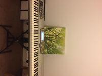 Alesis Fusion 8HD keyboard sampler synthesizer workstation