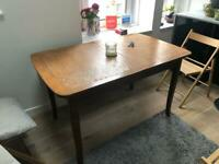 6/8 seat dining table