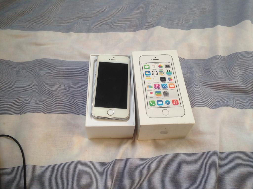 APPLE IPHONE 5S 16GB EXCELLENT CONDITION FULLY BOXEDin Bolton, ManchesterGumtree - Apple iPhone 5s 16gb in white, in excellent condition. On ee, tmoble, virgin and orange. Comes with box and charger. Fully working