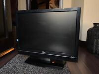 """LG 22"""" 720p HD TV"""