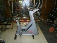 Life Fitness 9500HR Excercise Bike - Commercial Gym Equipment