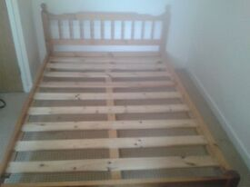 Woodem double bed frame, good conditions