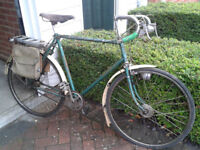 Vintage Rayleigh Lenton Sport bicycle.