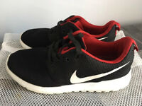 Quality comfy Nike trainers,U.K. Size 3.5,only worn once,bargain at £25 First to see them will buy