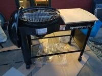 Charcoal kettle barbecue