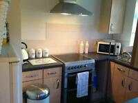 1 bedroom flat for 2 bedroom house/flat
