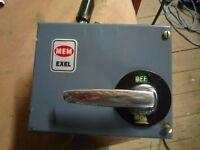 MEM Exel Blue Electrical 3 Phase Isolator 20amp 5.5KW