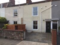 Lovely 4 double bed student home located just off Whiteladies Road with off street parking