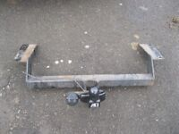 VAUXHALL VECTRA TOW BAR COMPLETE WITH ALL BRACKETS ONLY £50 'EASY TO FIT'