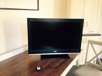Sony KDL32S3000 TV (inc stand) 32 inch