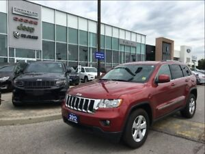 2012 Jeep Grand Cherokee Laredo PANORAMIC SUNROOF LEATHER BACKUP