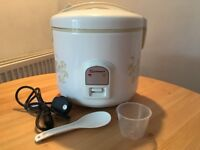 Rice Cooker 1.8L - 10 cups Non Stick *UK Plug* Almost Brand New *