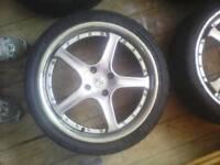 "18"" Fox Racing RS alloy wheels"