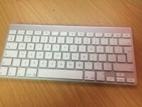 Apple Wireless Keyboard - Selling as untested hence price