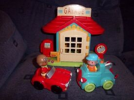 ELC Happyland Garage Set IP1
