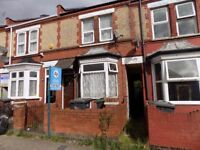 Lovely 2 Bed House Close to Town Centre and Bury Park - Available Now - No DSS