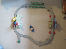Fisher Price Trackmaster Thomas And Friends Captain And Salty's Sea Rescue