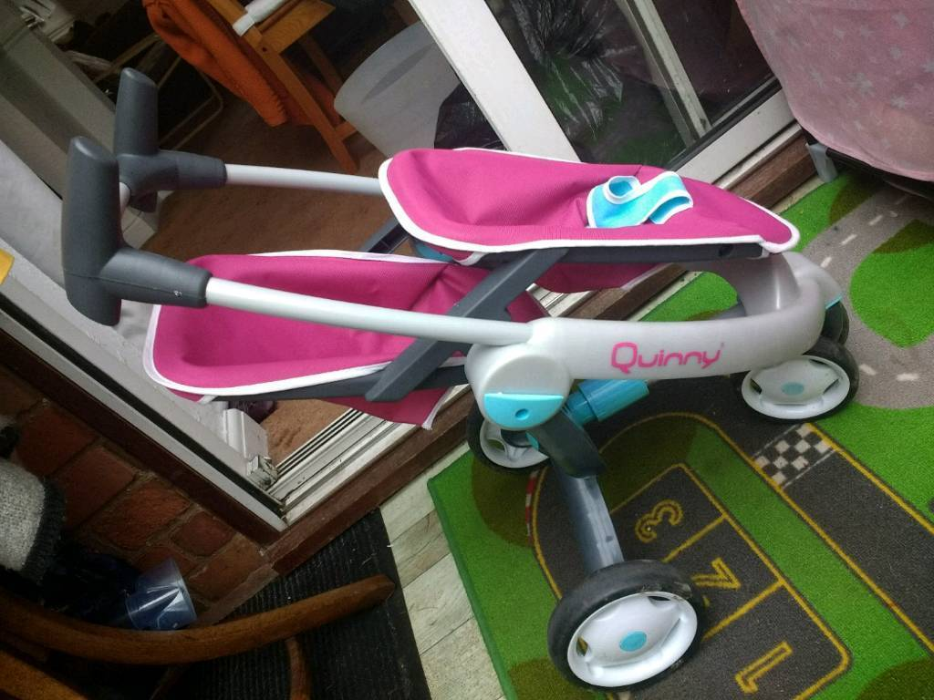 Dolls Quinny double pushchair