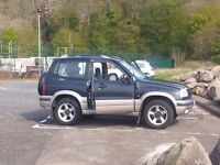 SUZUKI GRAND VITARA SE 4x4 2003BLACK +GOLD MANUAL 1600cc