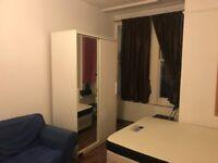 DOUBLE BEDSIT, BROADWAY, WEST EALING, W13