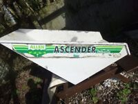 Ascender liftbarrow body for a Major model