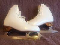 Risport RF4 ice skates size 5