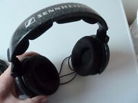 lovely pair of sennheiser hd 600 headphones