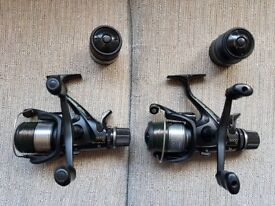 Pair of Shimano 5000 RE with spare spools