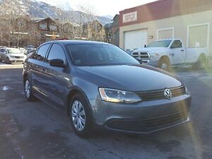 2013 Volkswagen Jetta 2.0L * 6-SPEED AUTOMATIC WITH TIPTRONIC *