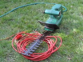 Cualqast electric hedge trimmer