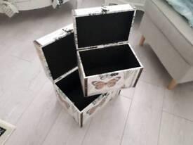 French storage trunks
