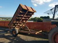 Heavy duty tractor tipping trailer ideal for muck hardcore shifting or horse Stables